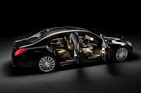 2014-Mercedes-S-Class-30.jpg