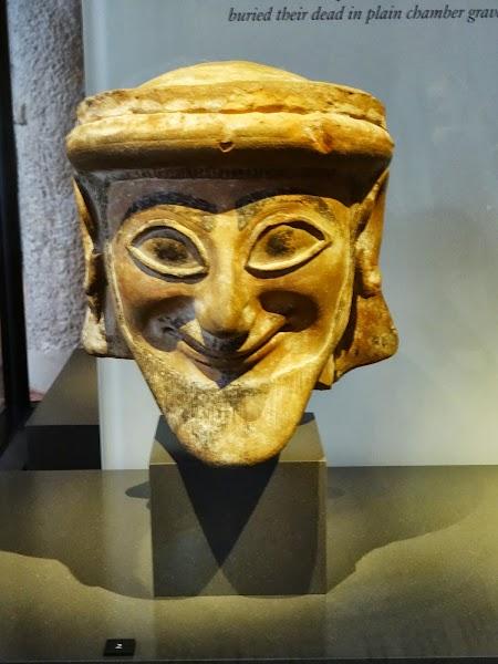 Muzeul Nou Berlin: Statuie Cipru