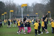 Schoolkorfbaltoernooi ochtend 17-4-2013 174.JPG