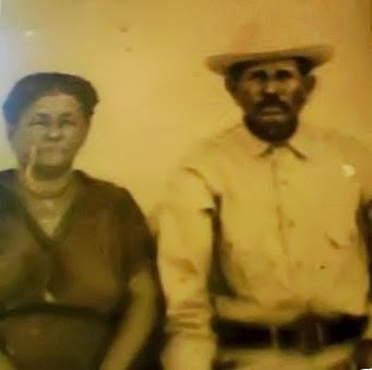 Pedro Marroquin and Amalia Gonzalez.jpg