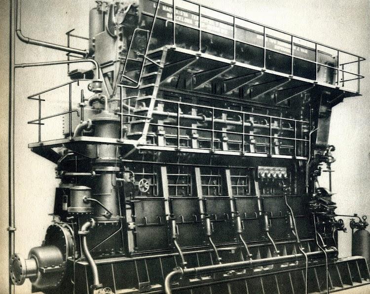 Motor Diesel B&W, tipo 6.150-P,despuesde las pruebas oficiales. Del libro La Maquinista Terrestre y Maritima. 1.856-1.944..JPG