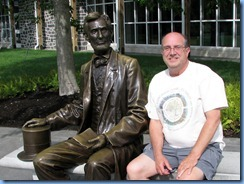 2290 Pennsylvania - Gettysburg, PA - Gettysburg National Military Park - Visitor Center - Abraham Lincoln statue and Bill
