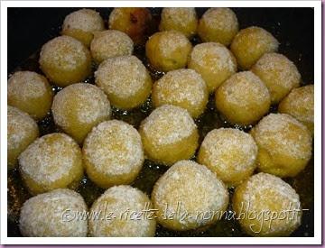 Polpette di zucca vegetariane al sugo di pomodoro e funghi (10)