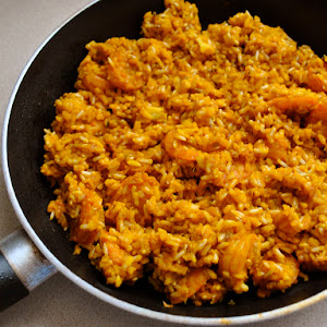Spanish-style Shrimp and Rice Stir-fry