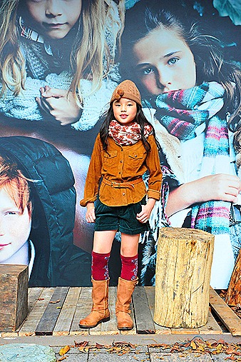 Massimo Dutti Autumn Winter 2011 2012 Girls Jacket boot cap