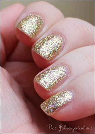 Gold Color Club Unter The Mistle Toe Collection Gingerbread 5