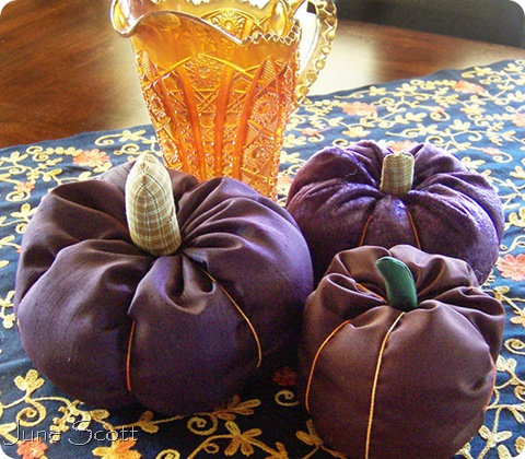 Marthas_Fabric_Pumpkins
