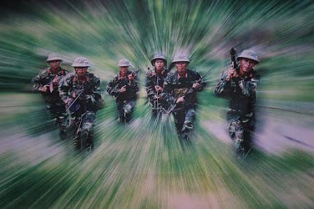 177. armata vietnameza.JPG