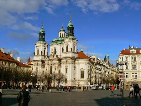 07. Piata Centrala din Praga.jpg
