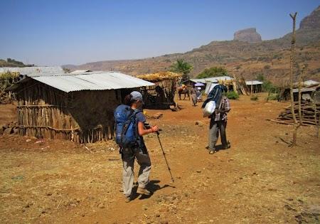 Intrand in satul Mulit