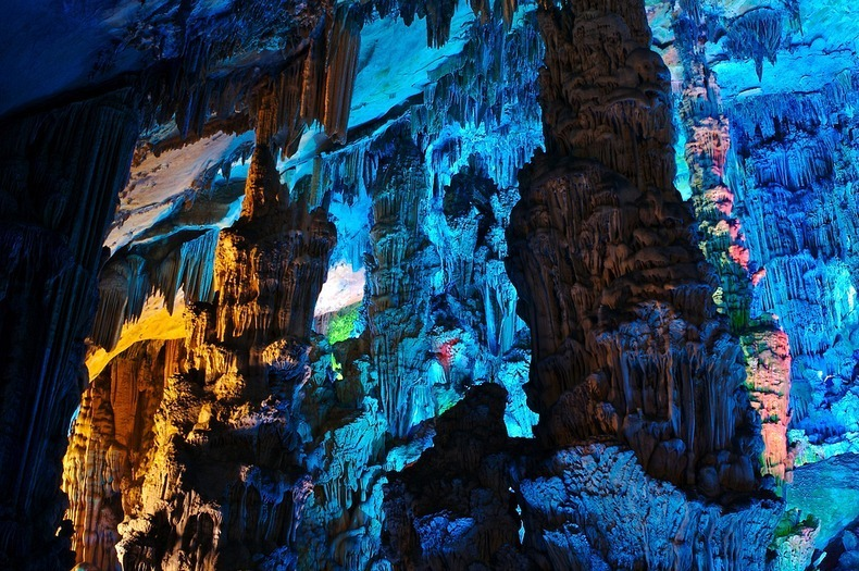 reed-flute-cave-7