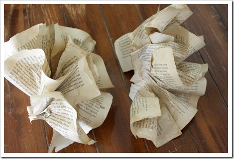 Book pages garland