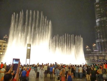Spectacol fantani Dubai