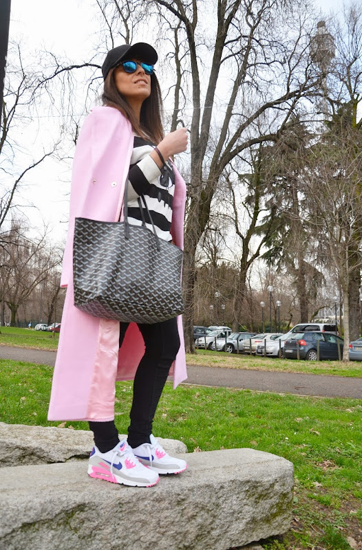 pink-coat-must-have-street-style-outfit-mfw