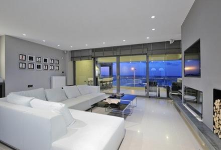decoracion-minimalista-de-sala-tono-gris