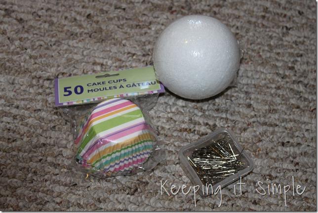 cupcake liner ball (1)
