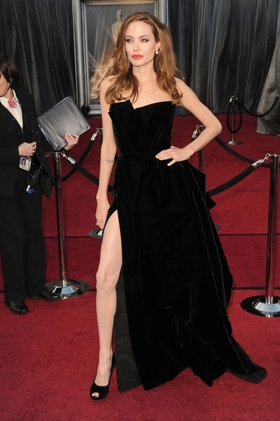 Angelina Jolie 84th Annual Academy Awards 0HABxjKIPzrl