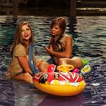 Angelica Jaramillo y Sofia Jaramillo Desnudas En Cinema + Foto 3