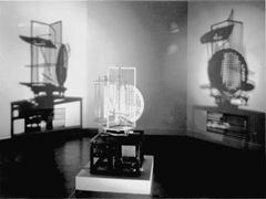 László Moholy-Nagy's - Licht Raum Modulator