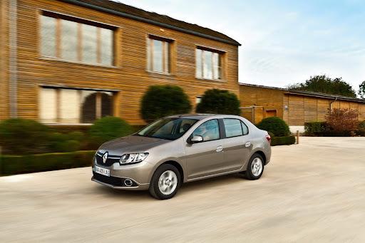 2013-Renault-Symbol-08.jpg