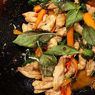 Spicy Basil Chicken (Gka-Prow Gai)