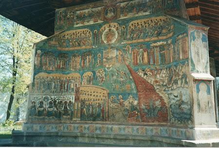 Cele 7 minuni ale Romaniei: manastirea Voronet