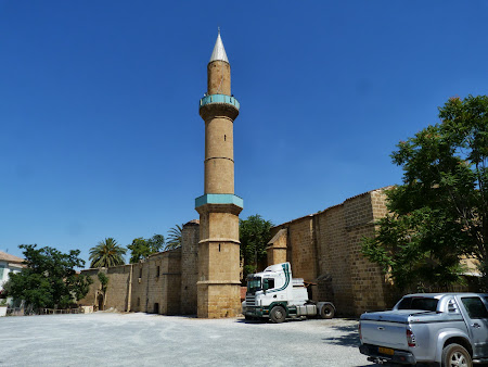 Moscheea Omar Nicosia de Sud