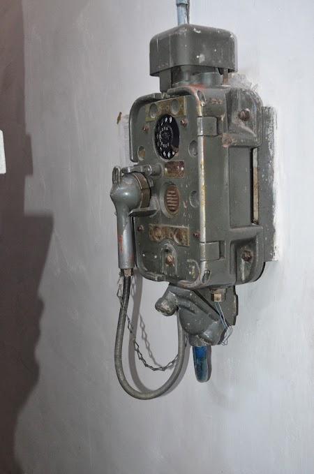 Barza Alba Balti: Telefon anti-explozie