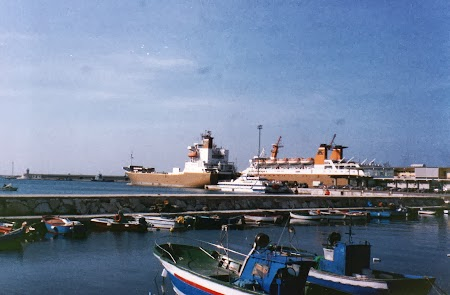 Imbarcarea spre Albania: Port Bari