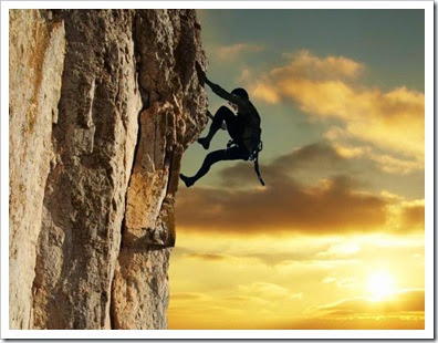 rock_Climber_in_the_sunset[1]