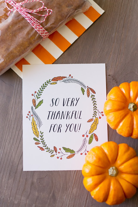 So very thankful for you free printable tag, pumpkin bread
