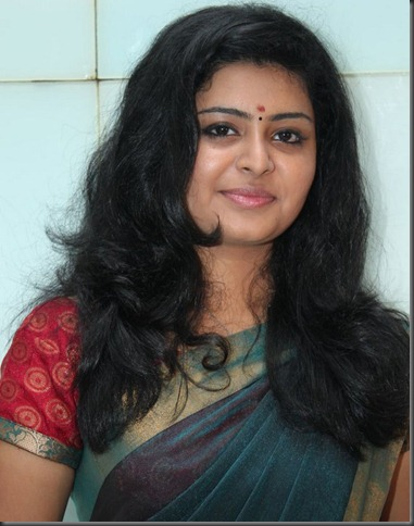 swathi_hot_in_saree