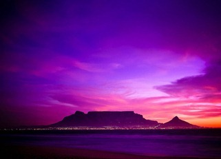 table-mountain-at-sunset