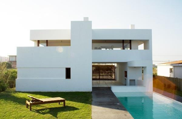 Casa minimalista estudio volpe sardin uruguay dise o vip for Casa minimalista uy