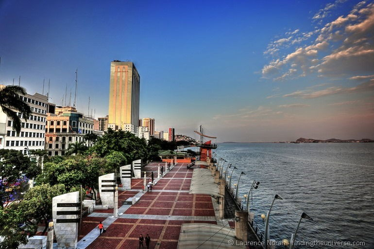 Malecon Guayaquil sunset 2