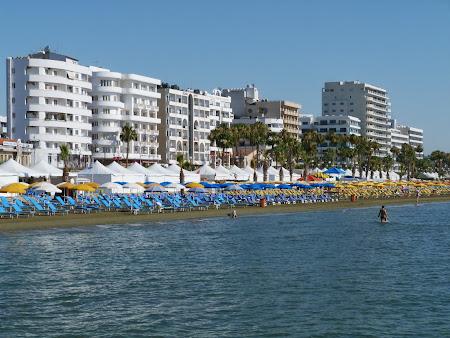 Imagini Cipru: Plaja din Larnaca