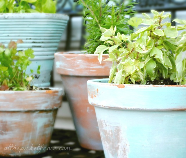how to age terracota pots