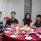左起:整奕辉、谭泽智、李婷婷、婷婷母亲。全部都是校友