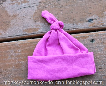 baby hat with knot