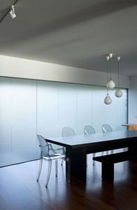 comedor-Casa-Glendowie-de-Bossley-Architects