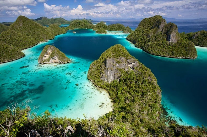 raja-ampat-islands-1