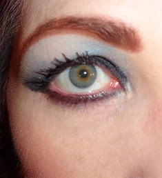 Close Up of eye with Shiseido Shimmering Cream Eye Color