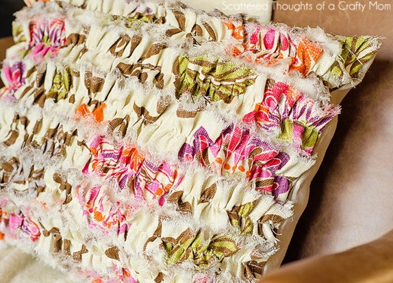 diy ruffled pillow