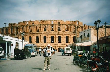 21. Amfiteatrul roman de la El Jem.jpg