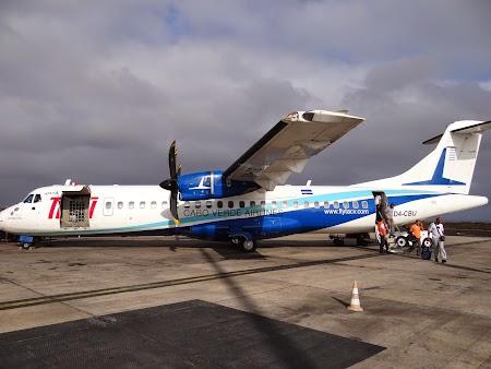 03. TACV - Praia airport.JPG