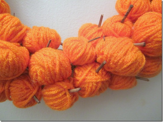 Pumpkins Made From Yarn {Krafty Kat}