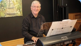 Gordon Sutherland playing his Korg Pa3X. Photo courtesy of Dennis Lyons