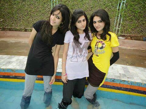 Beautiful Girls Selfy Picture