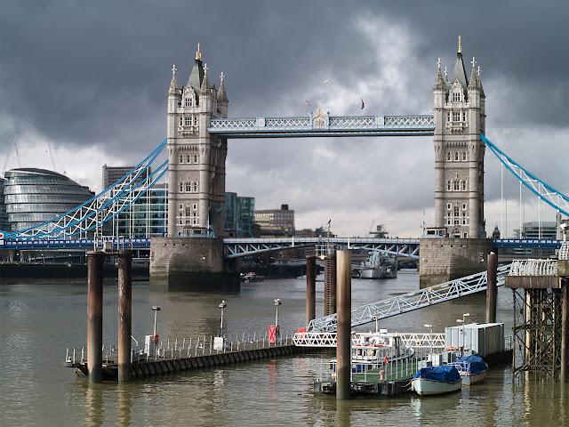 Londres - Towers Bridge.jpg
