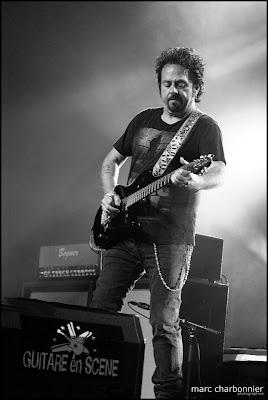 Steve Lukather-Guitare en Scène 2011-1.jpg